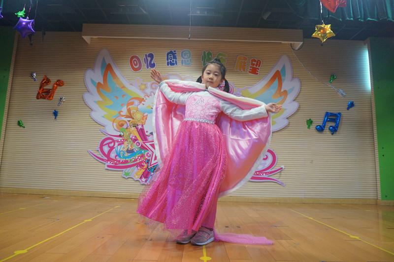 璜土中心幼儿园:精彩绝伦时装秀,喜气洋洋迎新年